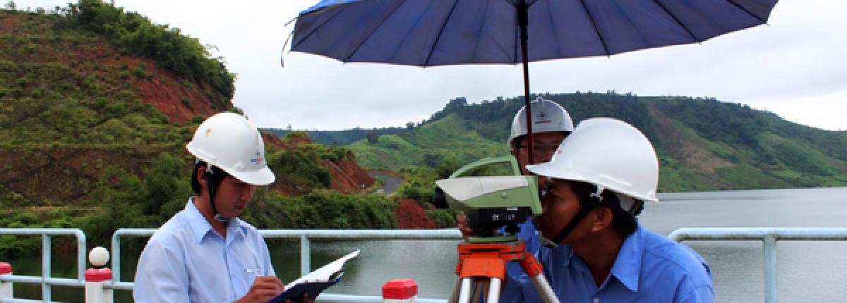 Khung chương trình đào tạo đại học ngành Quản lý Đất đai